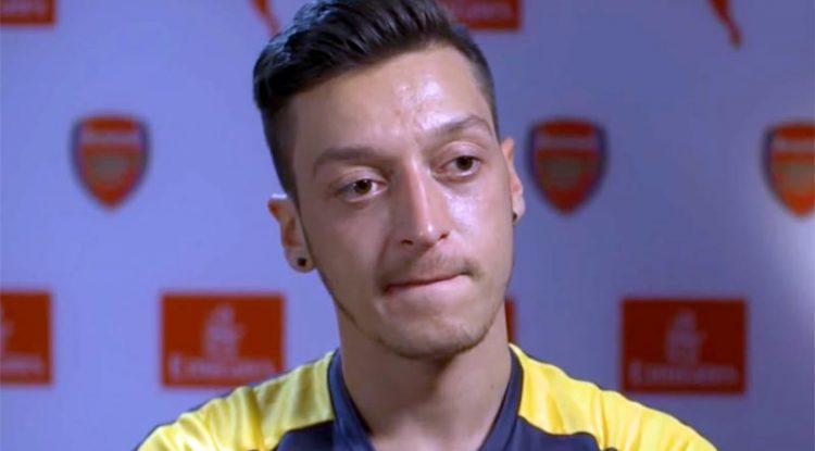 Ozil in rotta con l'Arsenal, l'Inter ci pensa. Il profilo